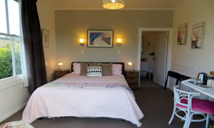 Holker Room - Thames Accommodation